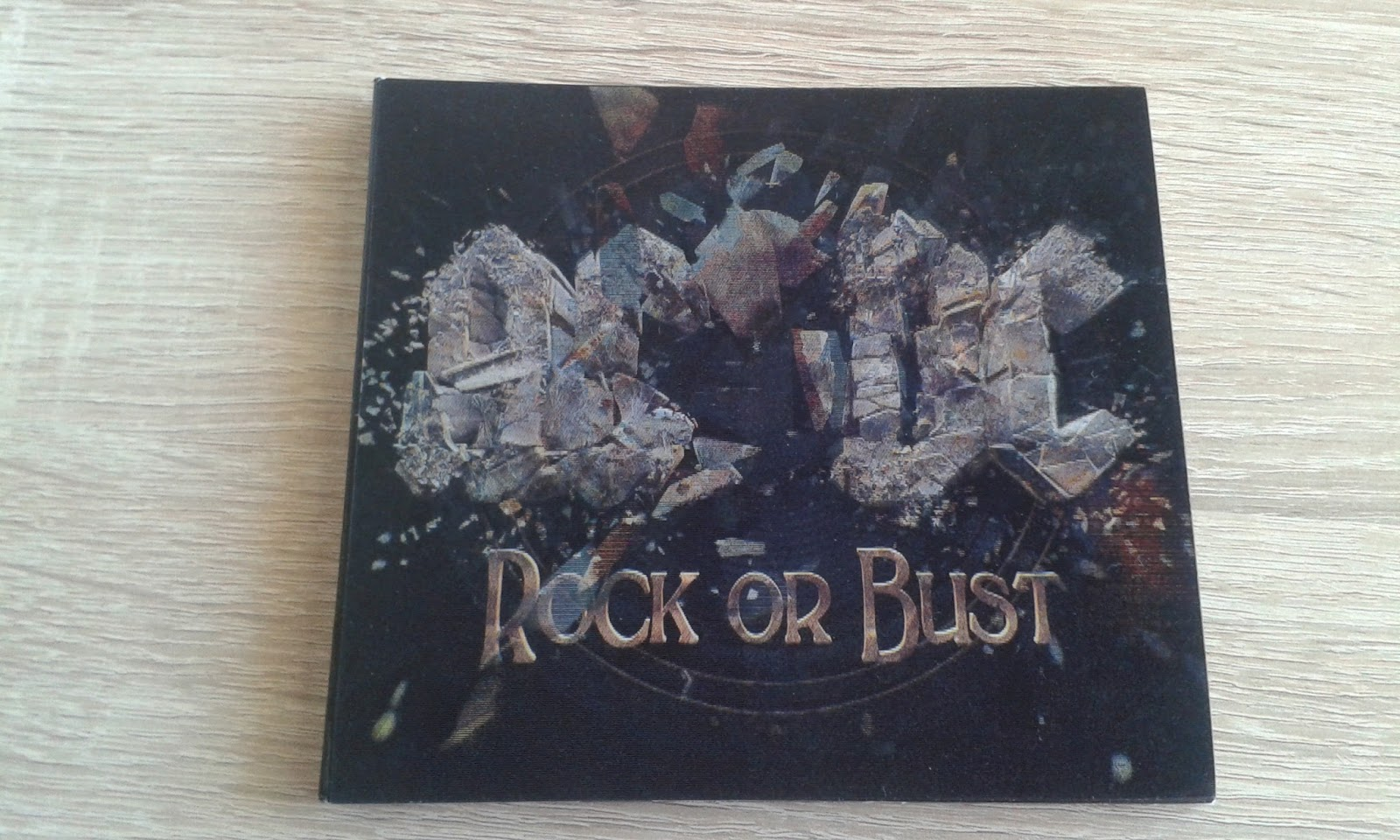 AC/DC, ROCK OR BUST (2015)